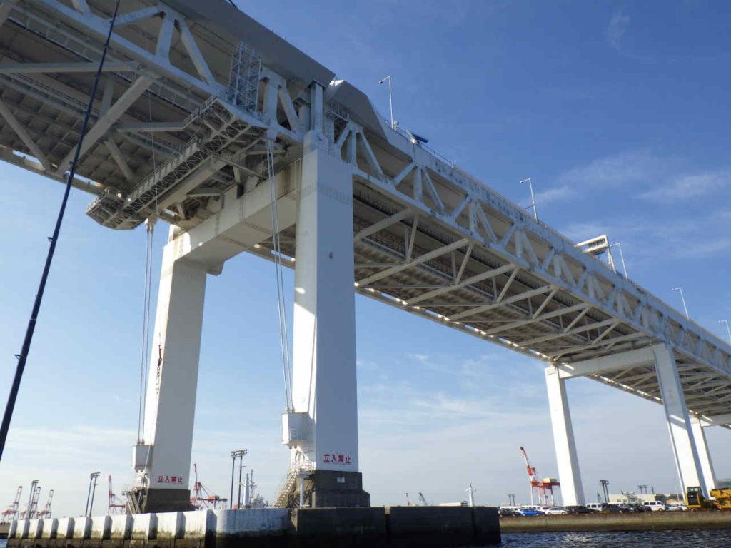 東京湾マダコ船からベイブリッジ