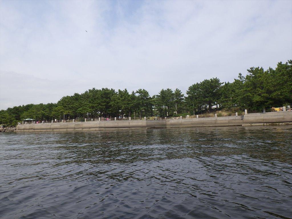 海の公園でルアーでマゴチ狙い!